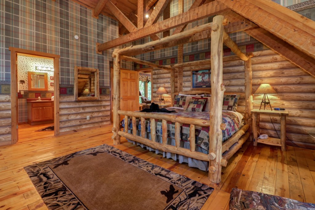 Photo of a Sevierville Cabin named Smokies Sanctuary Cabin - This is the fourteenth photo in the set.