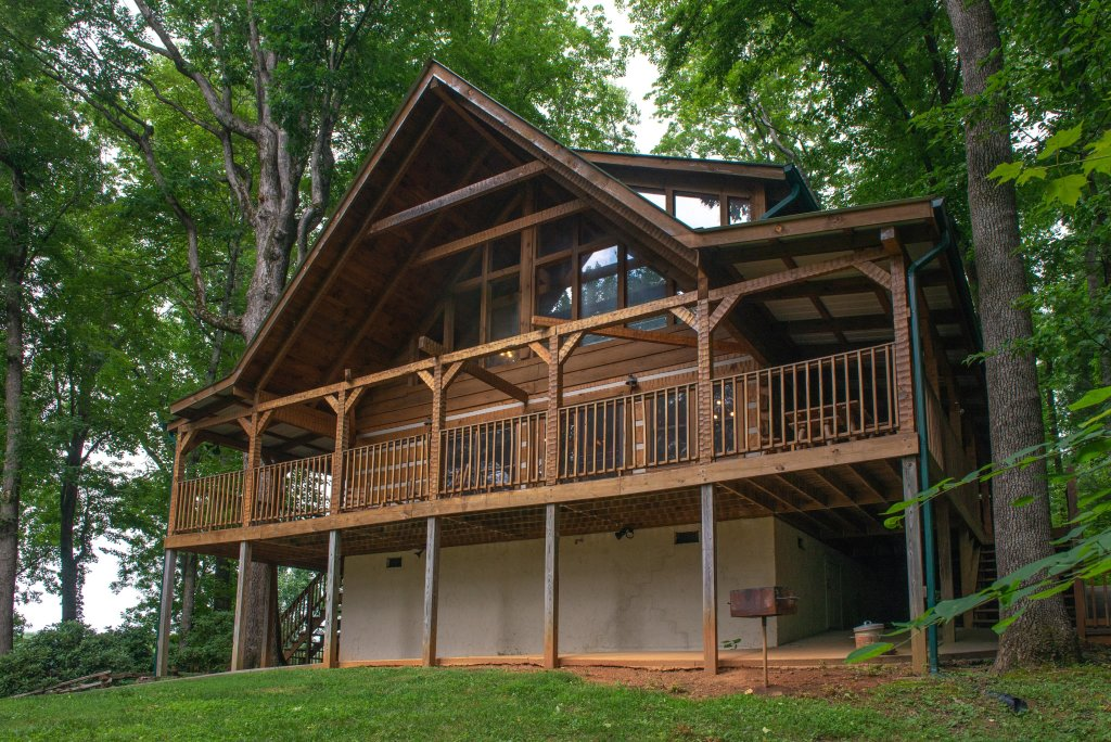 Photo of a Sevierville Cabin named Smokies Sanctuary Cabin - This is the thirty-seventh photo in the set.