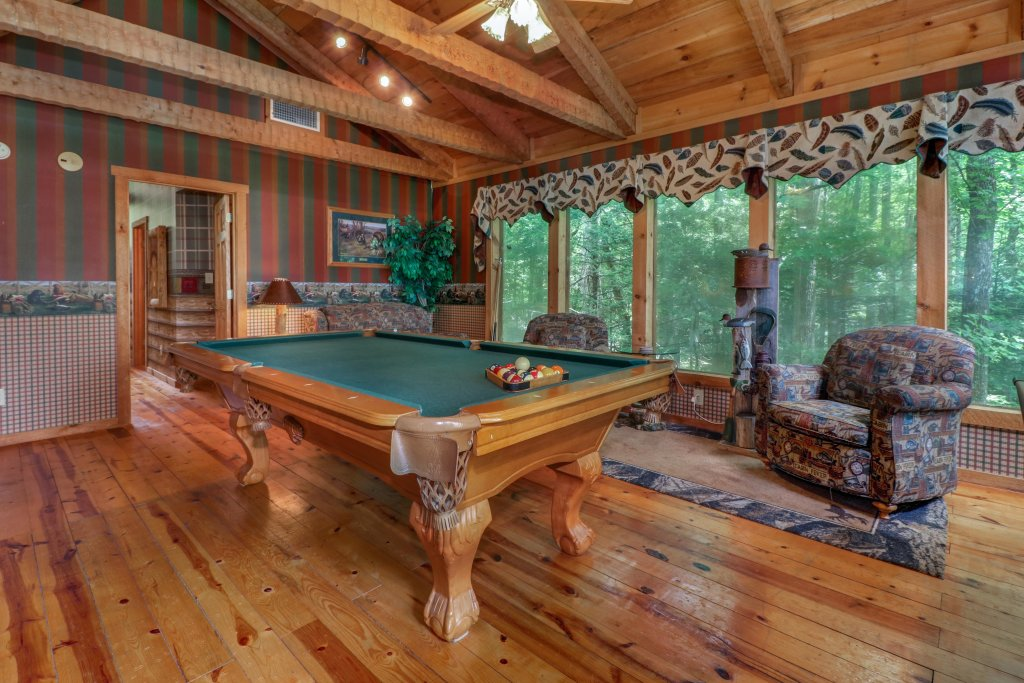 Photo of a Sevierville Cabin named Smokies Sanctuary Cabin - This is the twelfth photo in the set.