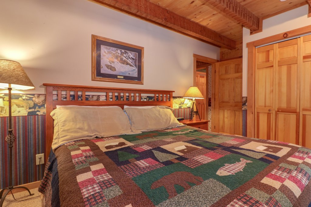 Photo of a Sevierville Cabin named Smokies Sanctuary Cabin - This is the twenty-first photo in the set.