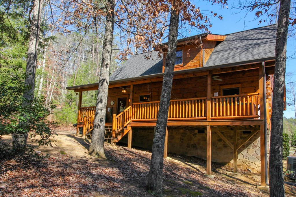 Photo of a Sevierville Cabin named Big Daddy's Hideaway Cabin - This is the twenty-eighth photo in the set.