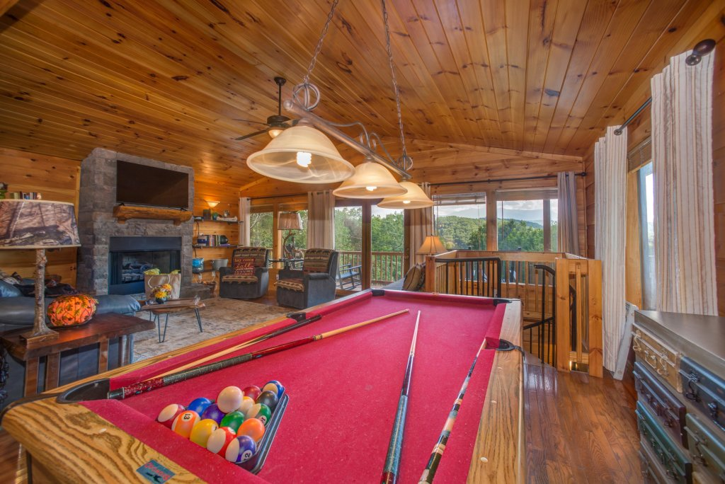 Photo of a Pigeon Forge Cabin named Bow Vista Cabin - This is the first photo in the set.