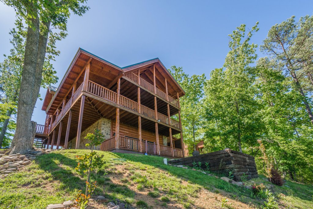Photo of a Sevierville Cabin named Love View More Cabin - This is the first photo in the set.