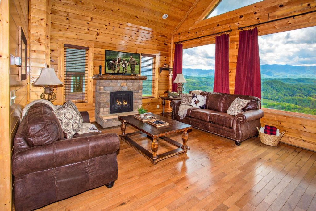 Photo of a Pigeon Forge Cabin named Best Of View - This is the second photo in the set.