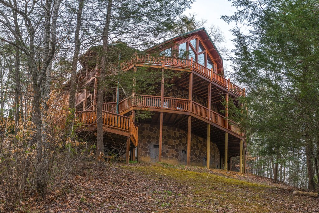 Photo of a Sevierville Cabin named Mystic Falls Lodge Cabin - This is the first photo in the set.