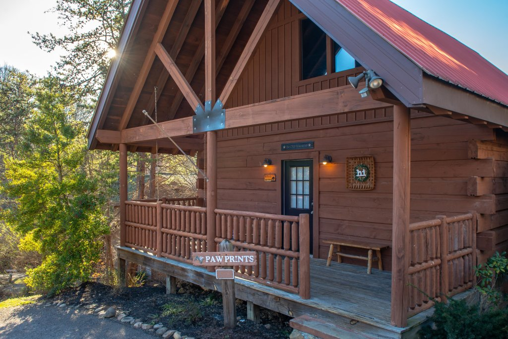 Photo of a Pigeon Forge Cabin named Peaceful Setting Cabin - This is the first photo in the set.
