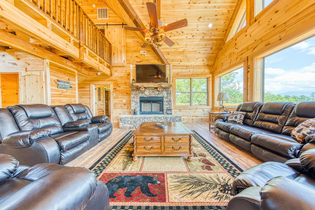 Photo of a Sevierville Cabin named Bearadise - This is the ninth photo in the set.