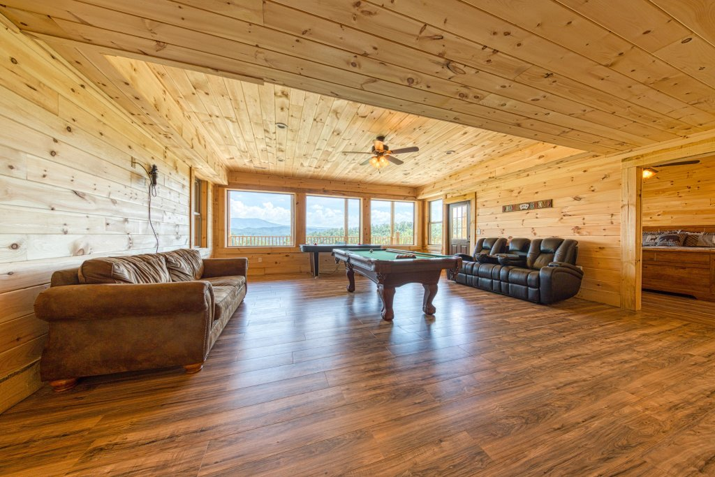 Photo of a Sevierville Cabin named Bearadise - This is the thirtieth photo in the set.