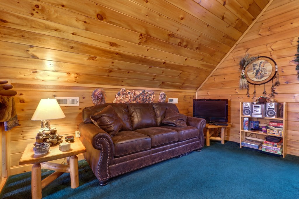 Photo of a Sevierville Cabin named An Indian Dream Cabin - This is the fifteenth photo in the set.