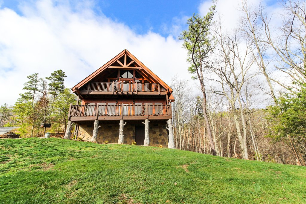 Photo of a Sevierville Cabin named The Laughing Salamander Cabin - This is the thirtieth photo in the set.