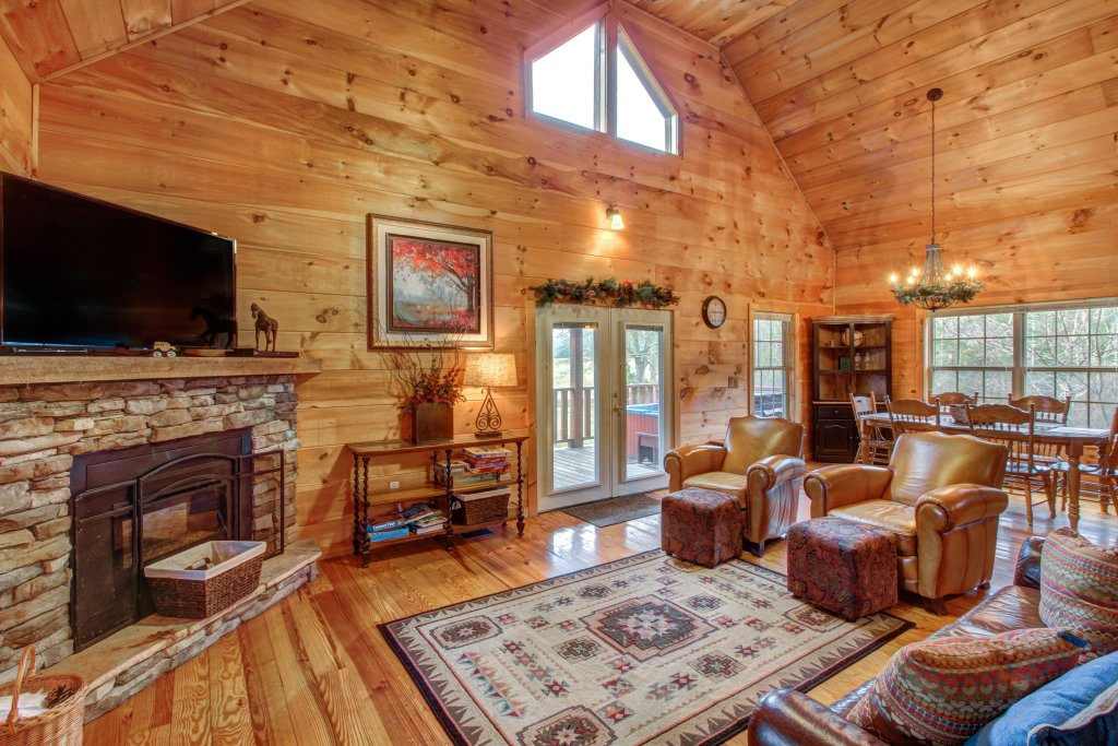 Photo of a Sevierville Cabin named Twin Cub Lodge Cabin - This is the third photo in the set.