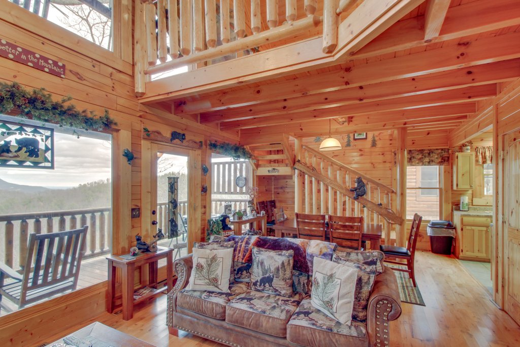 Photo of a Sevierville Cabin named Bearslide Inn Cabin - This is the eighth photo in the set.