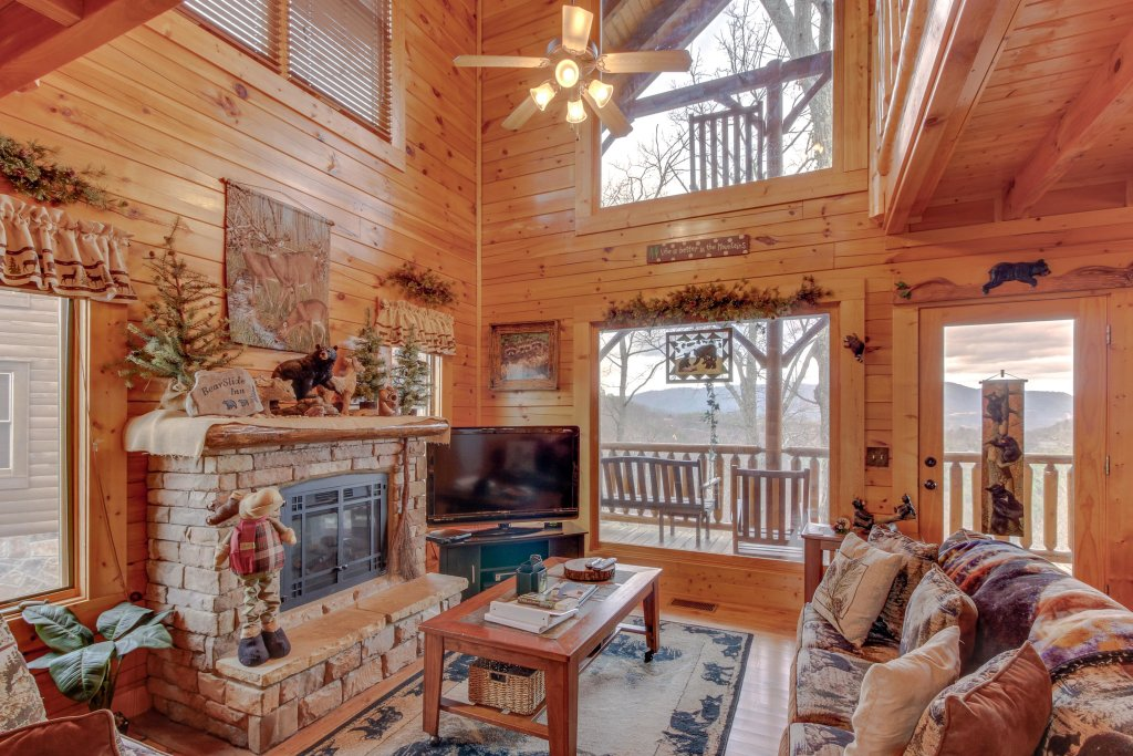 Photo of a Sevierville Cabin named Bearslide Inn Cabin - This is the twentieth photo in the set.