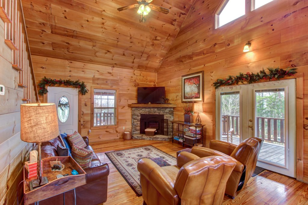 Photo of a Sevierville Cabin named Twin Cub Lodge Cabin - This is the sixth photo in the set.