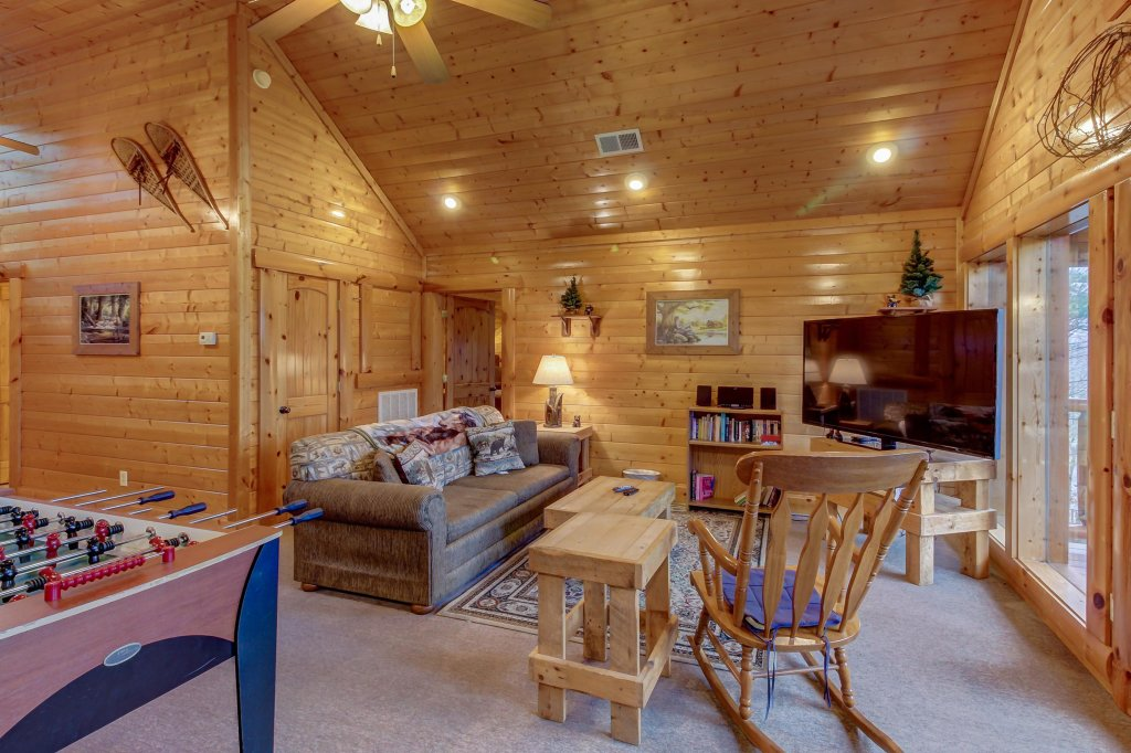 Photo of a Sevierville Cabin named Mountain Escape Cabin - This is the ninth photo in the set.