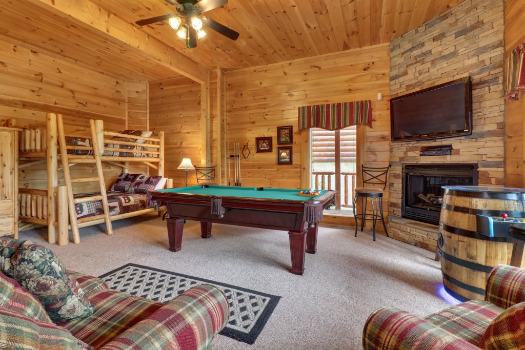 Photo of a Sevierville Cabin named Tranquility Vista - This is the fourth photo in the set.