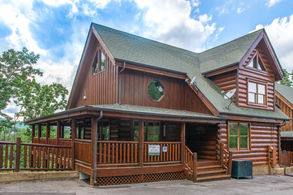 Photo of a Sevierville Cabin named Tranquility Vista - This is the twentieth photo in the set.