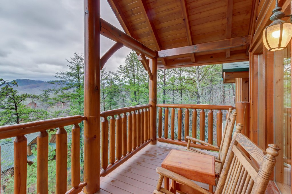 Photo of a Sevierville Cabin named Mountain Escape Cabin - This is the eighteenth photo in the set.