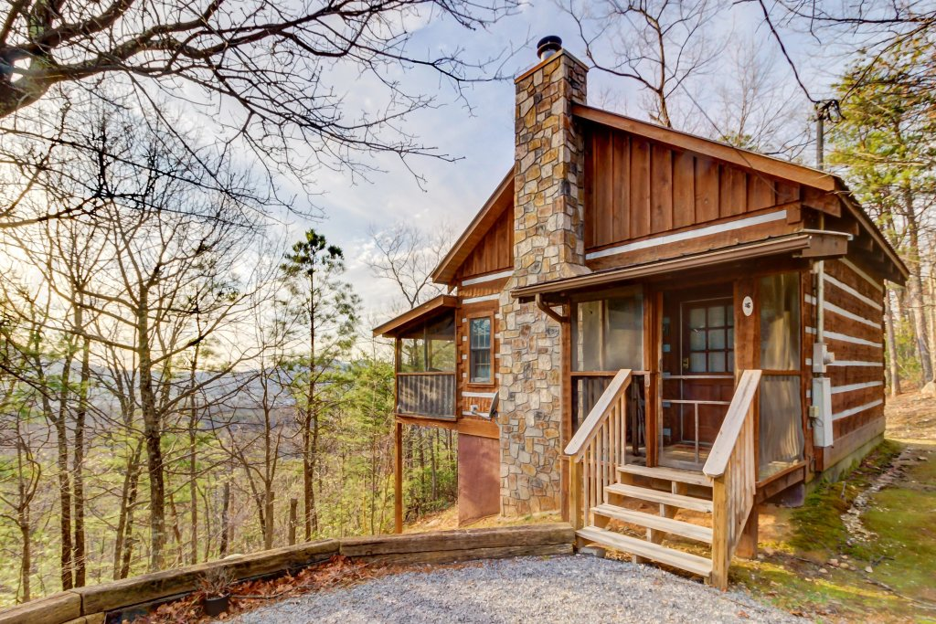 Photo of a Sevierville Cabin named Misty View Cabin - This is the second photo in the set.