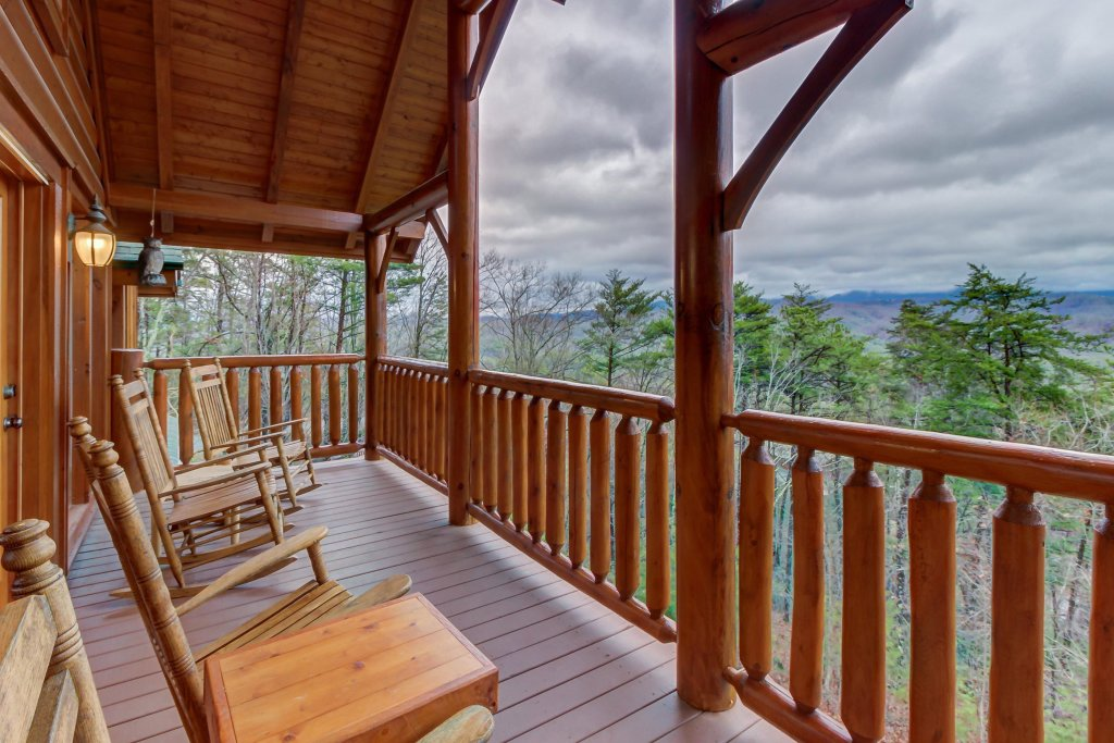 Photo of a Sevierville Cabin named Mountain Escape Cabin - This is the thirty-first photo in the set.