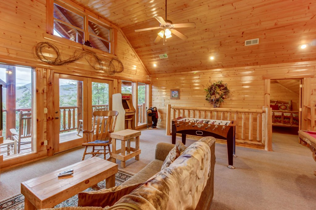 Photo of a Sevierville Cabin named Mountain Escape Cabin - This is the twenty-ninth photo in the set.