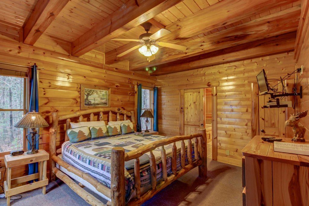Photo of a Sevierville Cabin named Mountain Escape Cabin - This is the fifteenth photo in the set.