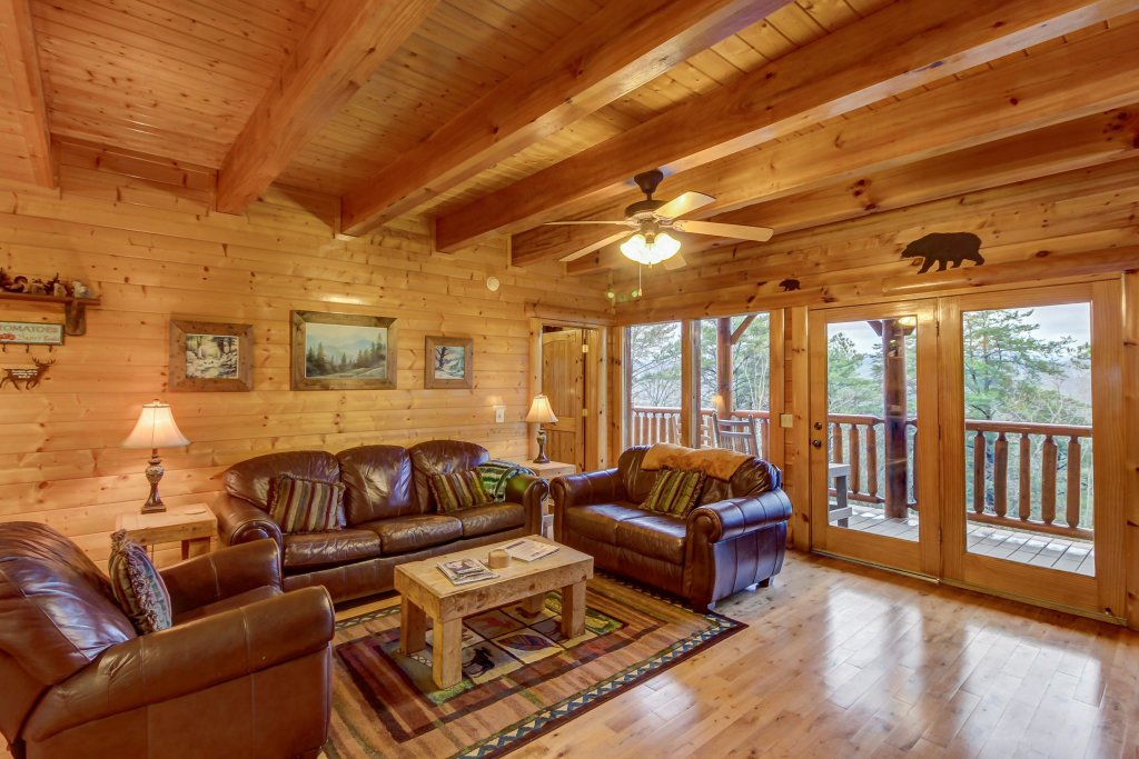 Photo of a Sevierville Cabin named Mountain Escape Cabin - This is the twenty-sixth photo in the set.