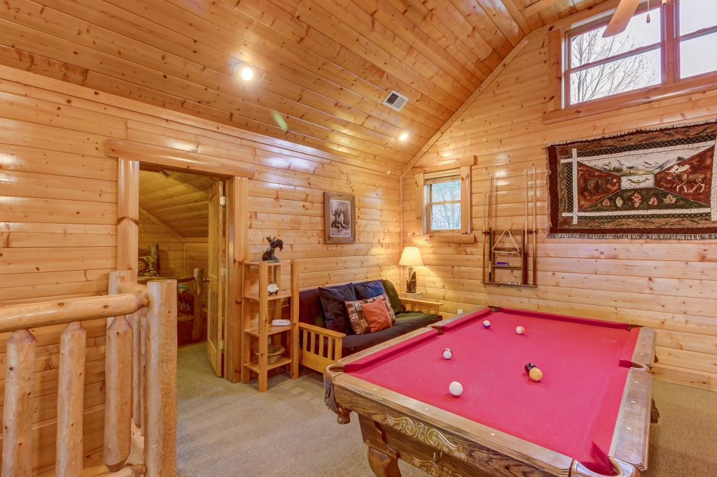 Photo of a Sevierville Cabin named Mountain Escape Cabin - This is the thirtieth photo in the set.