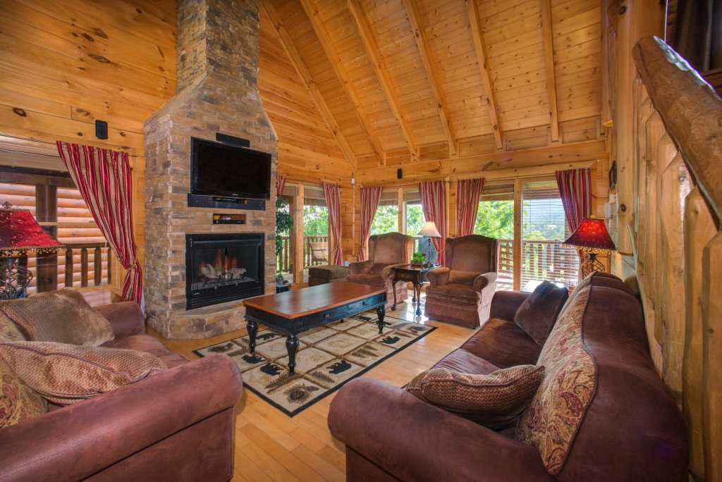 Photo of a Sevierville Cabin named Tranquility Vista - This is the twenty-eighth photo in the set.