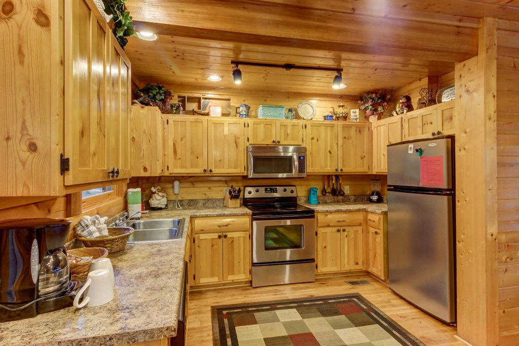 Photo of a Sevierville Cabin named Mountain Escape Cabin - This is the twenty-seventh photo in the set.