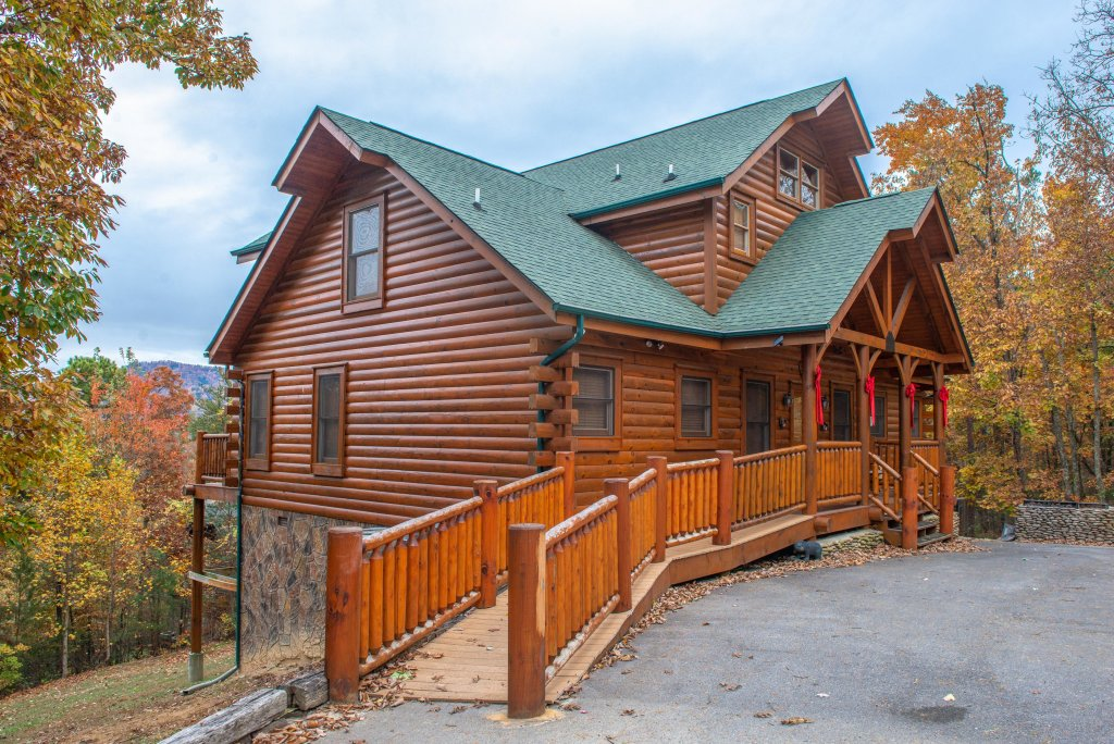 Photo of a Sevierville Cabin named Mountain Escape Cabin - This is the twenty-fourth photo in the set.
