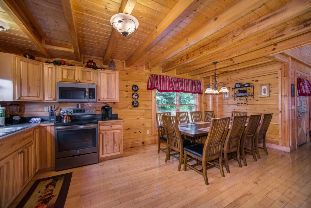 Photo of a Sevierville Cabin named Tranquility Vista - This is the thirty-first photo in the set.