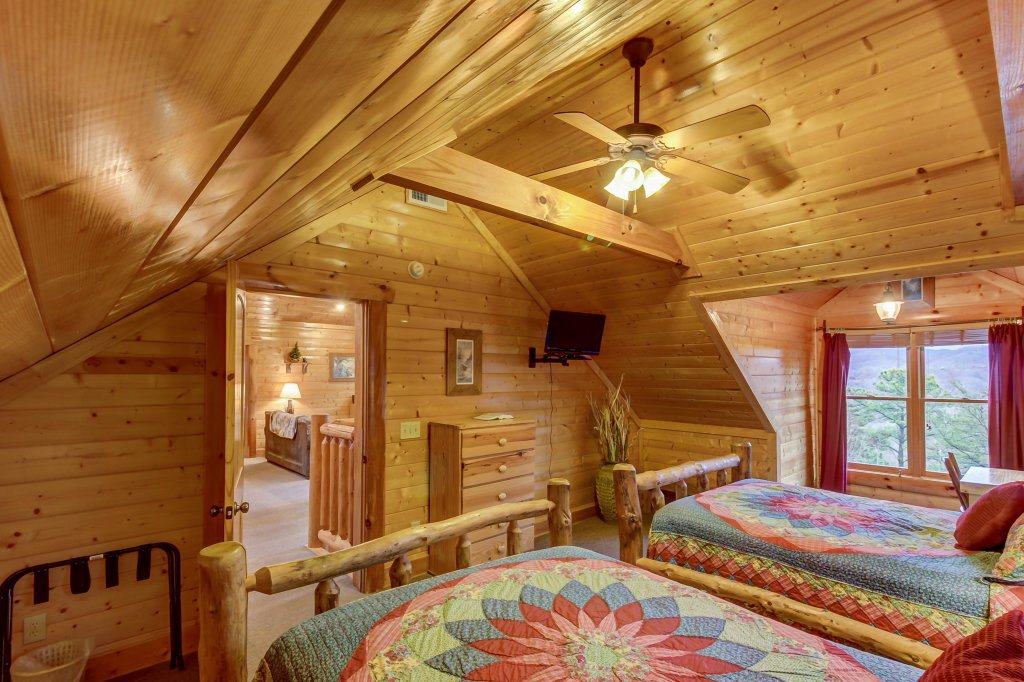 Photo of a Sevierville Cabin named Mountain Escape Cabin - This is the twenty-third photo in the set.