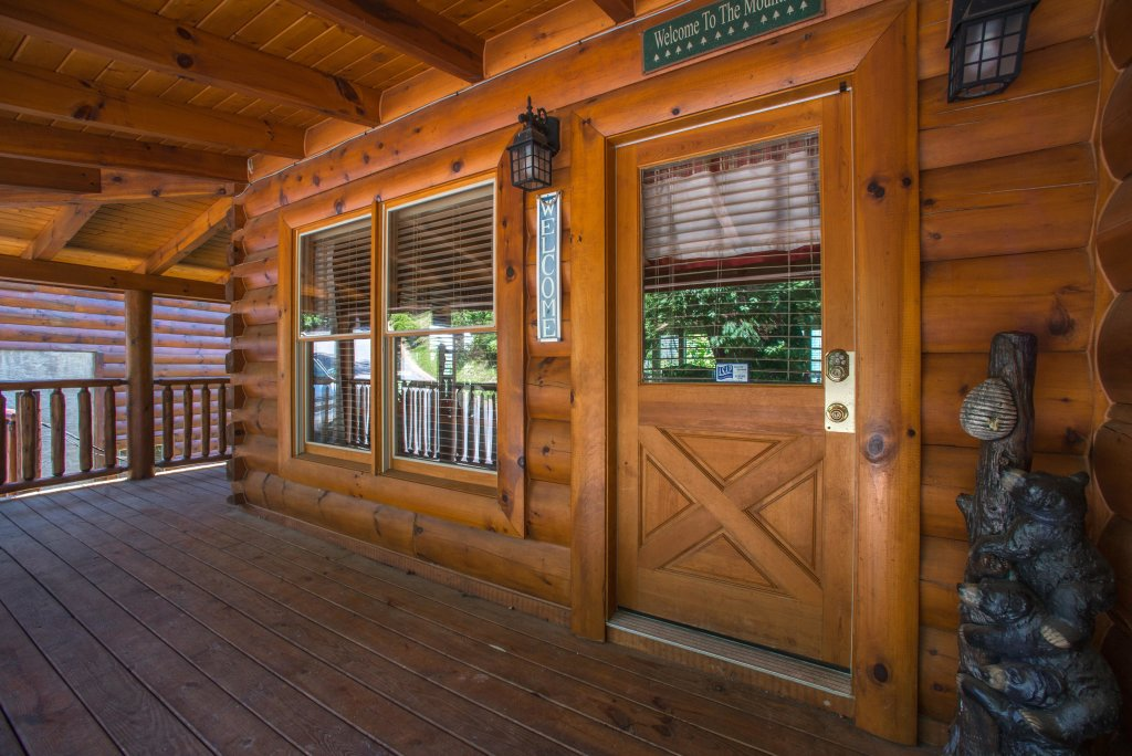 Photo of a Sevierville Cabin named Tranquility Vista - This is the tenth photo in the set.