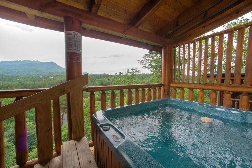 Photo of a Sevierville Cabin named Tranquility Vista - This is the second photo in the set.