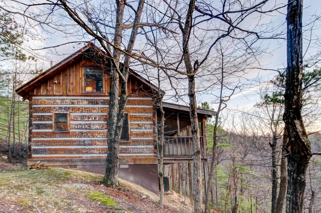 Photo of a Sevierville Cabin named Misty View Cabin - This is the twenty-sixth photo in the set.