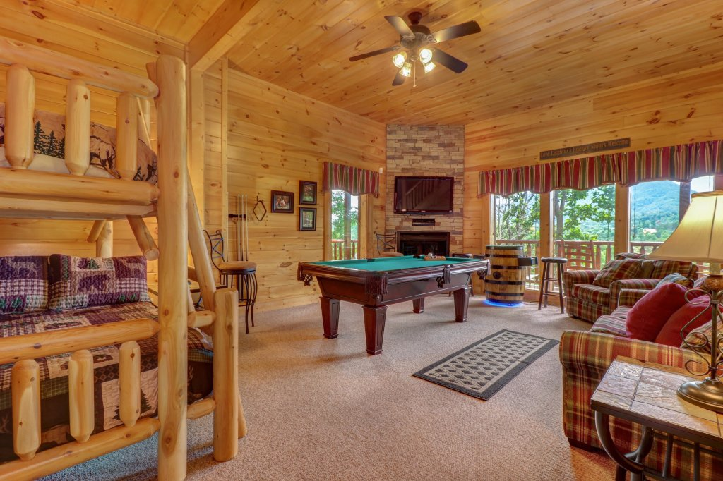 Photo of a Sevierville Cabin named Tranquility Vista - This is the thirty-third photo in the set.