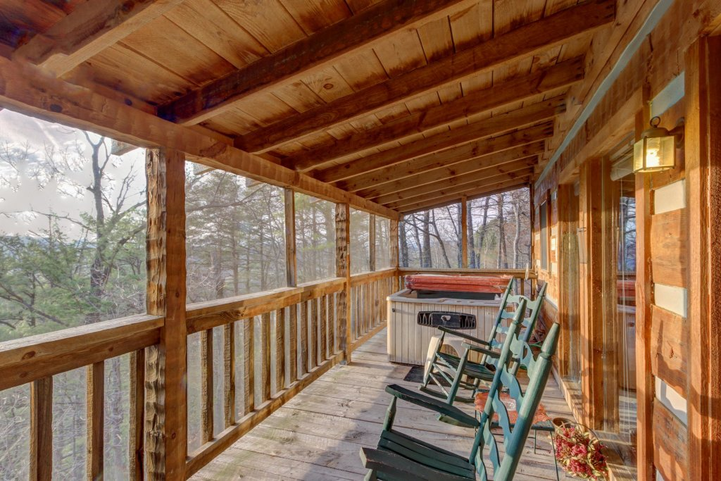 Photo of a Sevierville Cabin named Misty View Cabin - This is the fourth photo in the set.