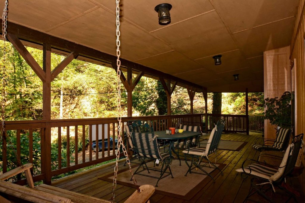 Photo of a Gatlinburg Cabin named Waterfall Cabin - This is the fourth photo in the set.