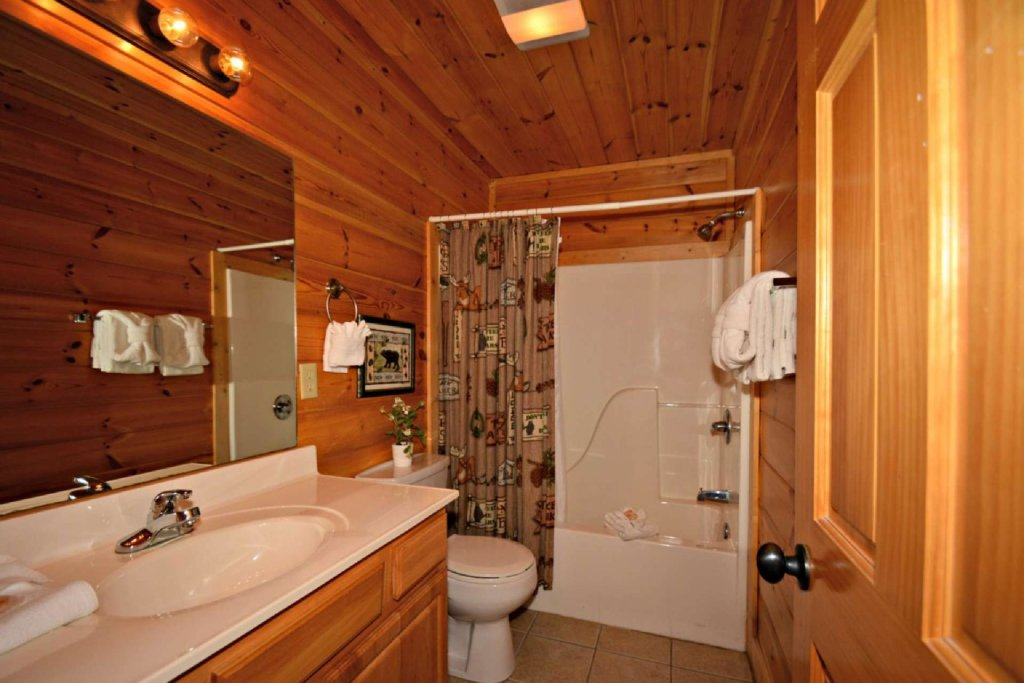 Photo of a Sevierville Cabin named Smoky Mountain Haven - This is the twenty-second photo in the set.