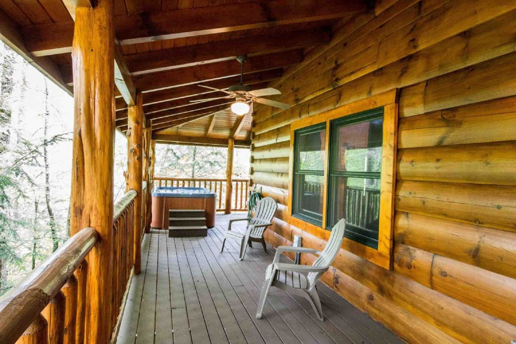 Photo of a Sevierville Cabin named Kozy Getaway - This is the twenty-third photo in the set.