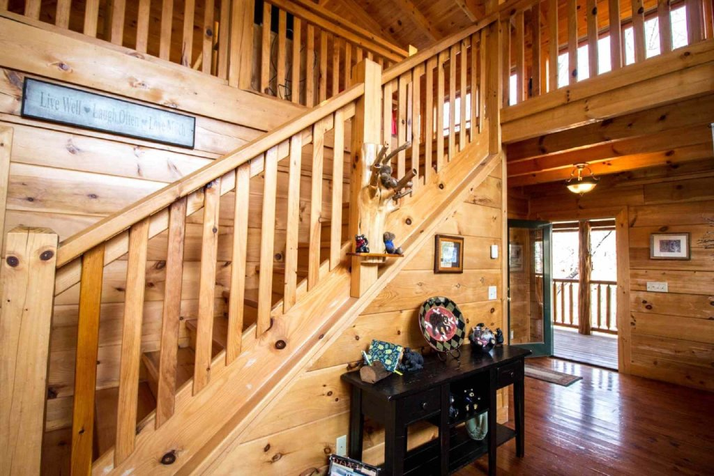 Photo of a Sevierville Cabin named Kozy Getaway - This is the eighth photo in the set.