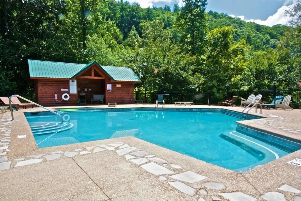 Photo of a Sevierville Cabin named Kozy Getaway - This is the thirty-third photo in the set.