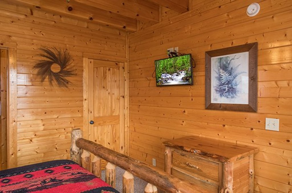 Photo of a Sevierville Cabin named Grand Timber Lodge - This is the twelfth photo in the set.