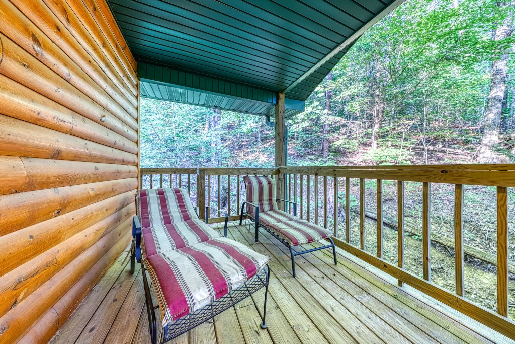 Photo of a Pigeon Forge Cabin named Dixie Delight Cabin - This is the thirty-first photo in the set.