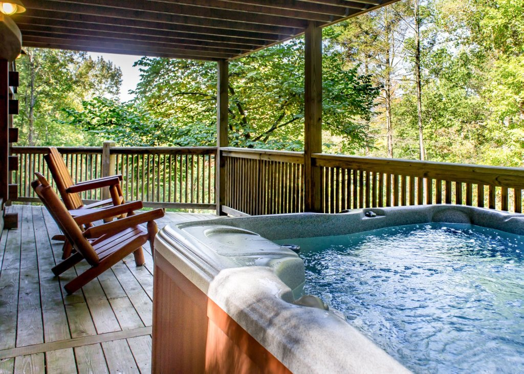 Photo of a Sevierville Cabin named Mountain Dreams #24 - This is the second photo in the set.