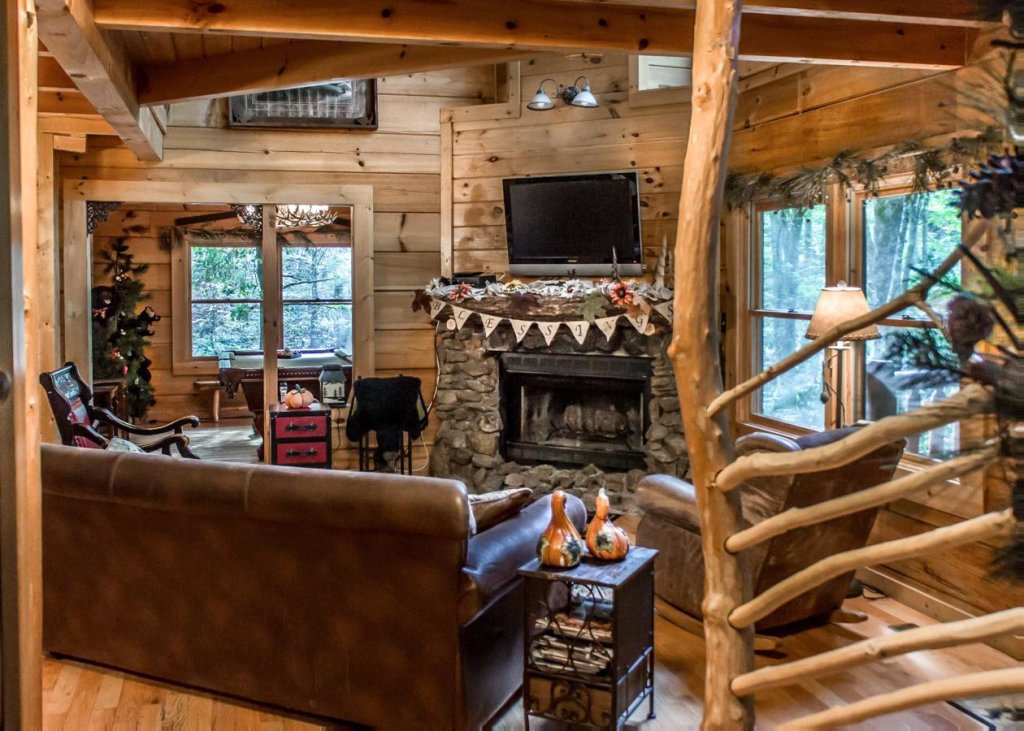 Photo of a Sevierville Cabin named Bear Paw Trail #15 - This is the eighth photo in the set.