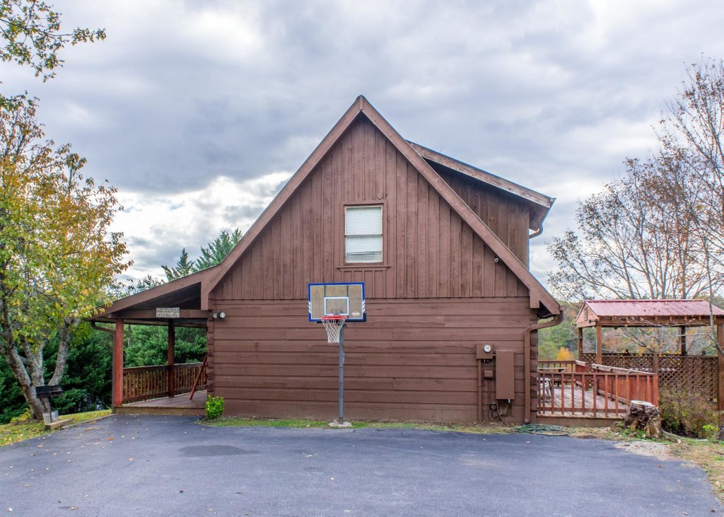 Photo of a Pigeon Forge Cabin named Leconte Nirvana  - This is the twenty-seventh photo in the set.