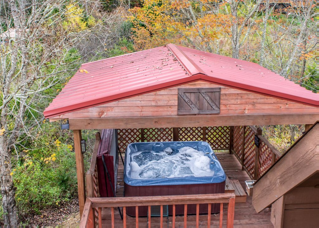 Photo of a Pigeon Forge Cabin named Leconte Nirvana  - This is the twenty-fourth photo in the set.