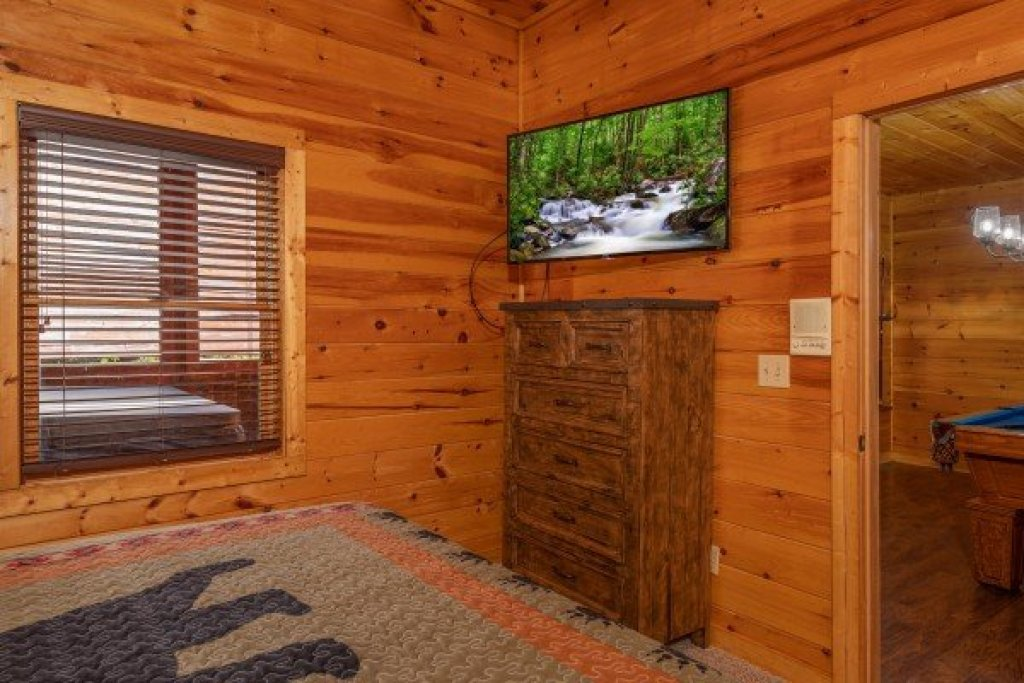 Photo of a Pigeon Forge Cabin named American Charm - This is the twenty-fifth photo in the set.